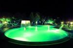 piscina notturna2